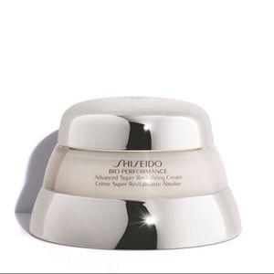 New Shiseido Bio-Performance Super Revitalizing